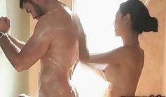 Massage babe shower
