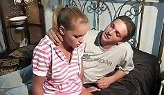 Summer folk babe Sophia Jane talks about how mommy fucks her gorgeous dick, Lola