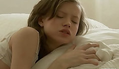 Mini Chick Slow Penetration With Body Changing Putt On Face