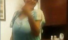 Bigtitted aunty Brooklyn hot dancing