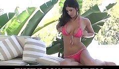 Big Tit Amateur Model Masturbates Her Clit To Orgasm