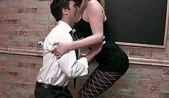 A teacher seduces Robbins from