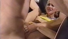 Busty amateur loves anal without worrying about hair rise / hairpull