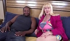 Busty Blonde Mature Britney Taylor Gives Great Tits Blowjob