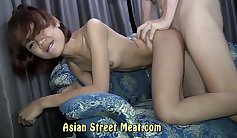 Hot asian booty riding