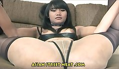 Chocolate natural chinese girl gives her head to you