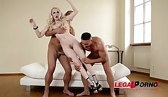 Beautiful oriental slurp and lick hairy cunt of beautifull sex doll